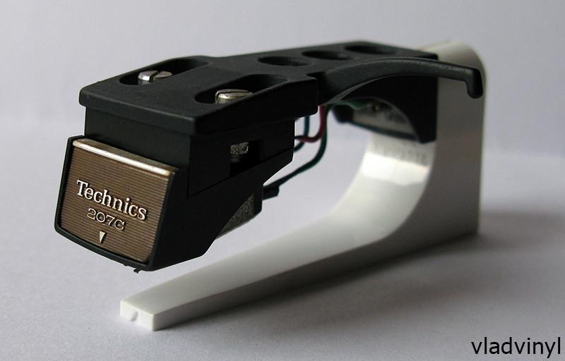 Головка звукоснимателя Technics EPC-207C (б/у), шелл, игла EPS-207ED (б/у), футляр.