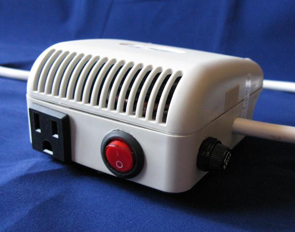 Автотрансформатор понижающий ТТН30 220-100В 50 Вт..